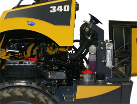 Gehl 340 Articulated Loader Engine Access